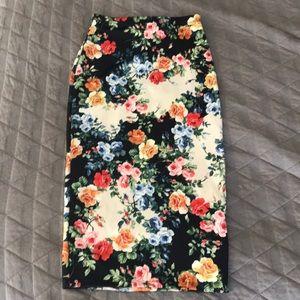 🍒🔥💐ASOS Floral Pencil Skirt